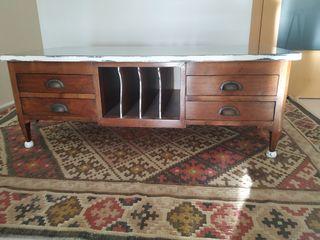 mesa centro antigua restaurada