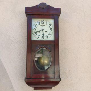 Reloj pared Maurer maquinaria Junghans.Años 40's.