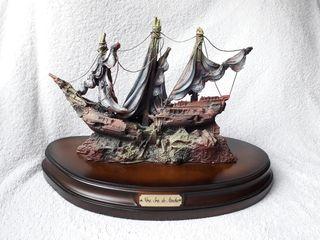 Figura decorativa barco