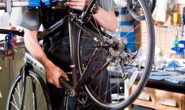 Arreglo reparación y restauración de bicicletas