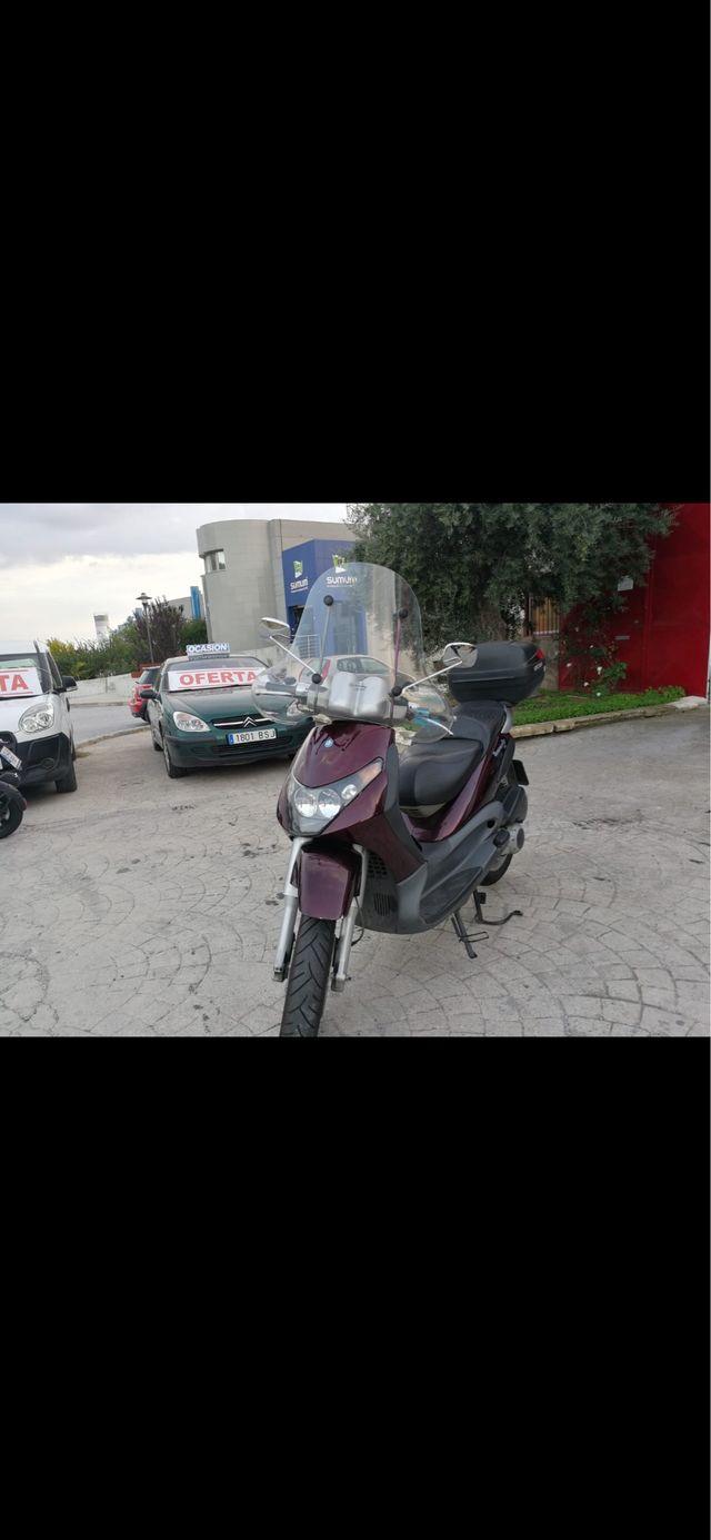 Piaggio Beverly 200cc