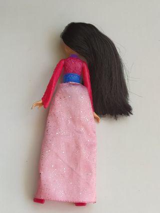 Muñeca Barbie Mulan