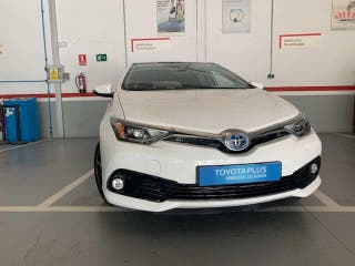 Toyota Auris 1.8 140H Feel! + Skyview