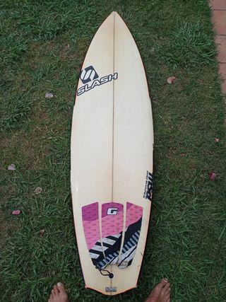 tabla de surf 5'10, slash Rad fun