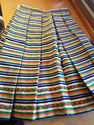 falda multicolor tejida REGIONAL