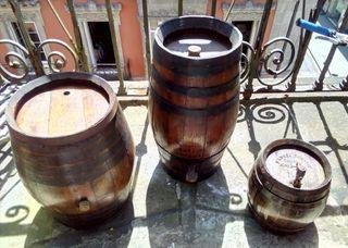 3 barricas roble vino