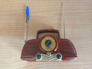 Radio estilo antigua