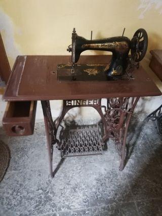 maquina de coser en cadiar granada