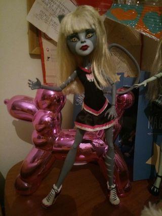 Monster High gata animadora. Meowlody