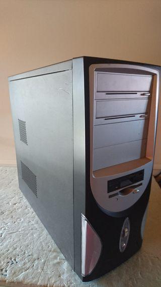 Caja ordenador pc