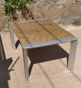 Mesa exterior diseño de estructura de aluminio
