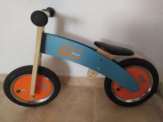 Bicicleta Eureka Kids, de madera sin pedales