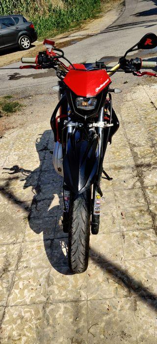 Moto Yamaha DTX 125 Supermotard