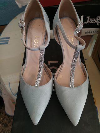 Zapatos Lodi.