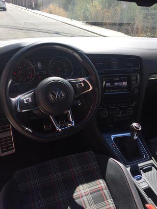 Volkswagen Golf 2013 GTI PERFOMANCE 230CV