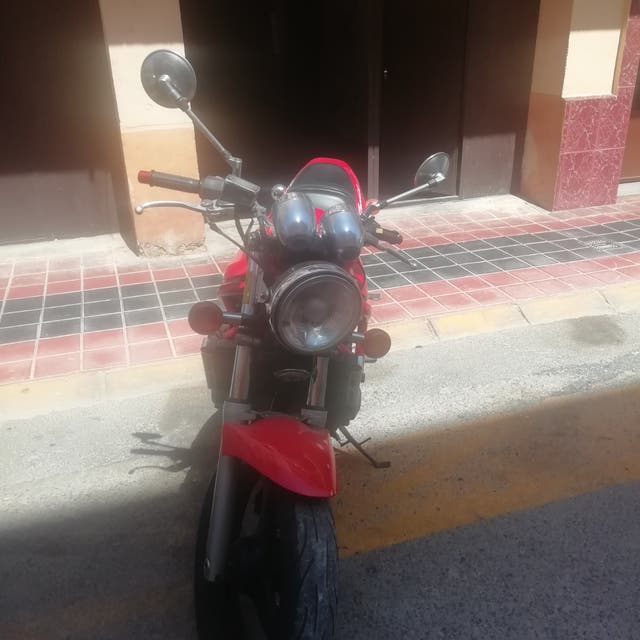 Suzuki bandit 400