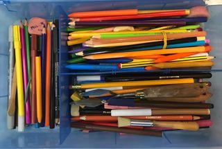 Pinturas, lápices, pinceles , gomas