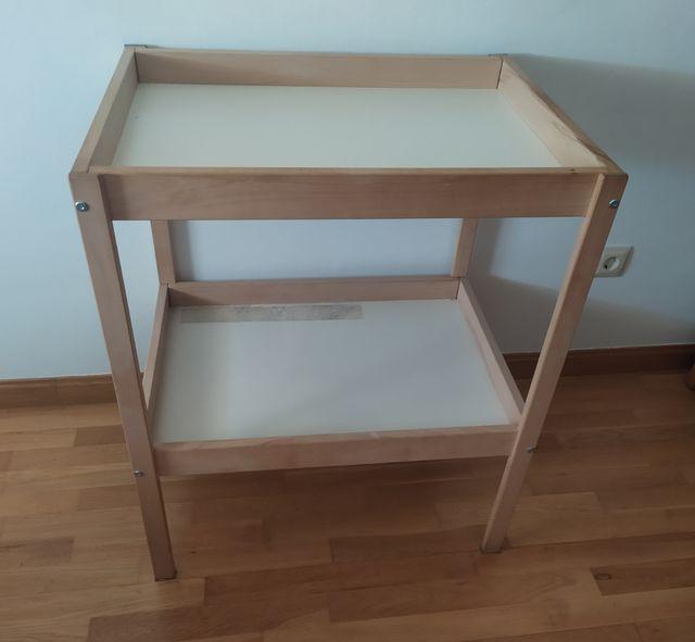 cambiador para bebé de IKEA