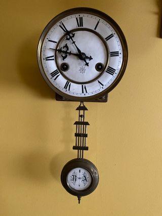 Antiguo Reloj de Pendulo con Soneria Junghans