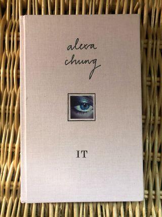 Libro IT de Alexa Chung