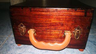 Caja baúl hecha a mano