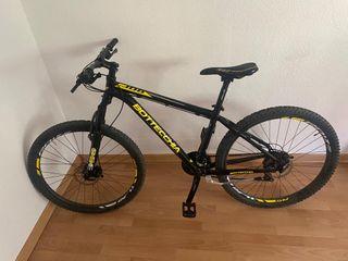 Bicicleta BOTTECHIA 2 meses desde compra.