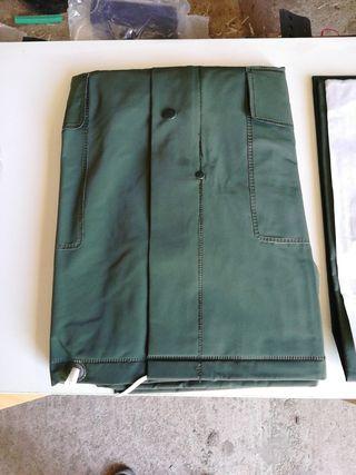 traje de agua, chaqueta y pantalón