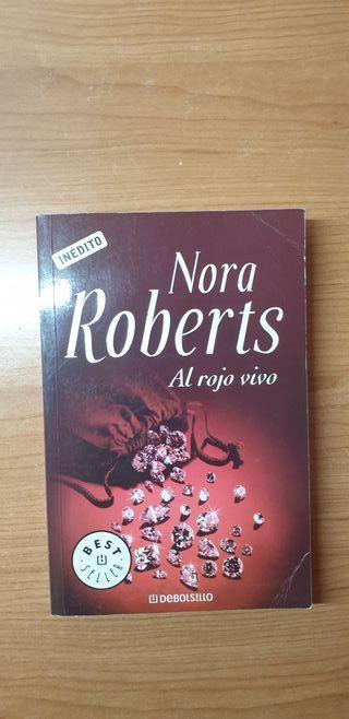 Al rojo vivo, Nora Roberts