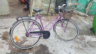 bicicleta antigua en buen estado