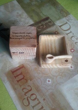 caja de madera para especies, o para usos varios.