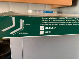Soporte microondas extensible