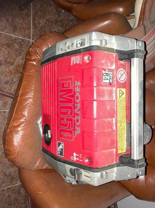 Generador eléctrico em650