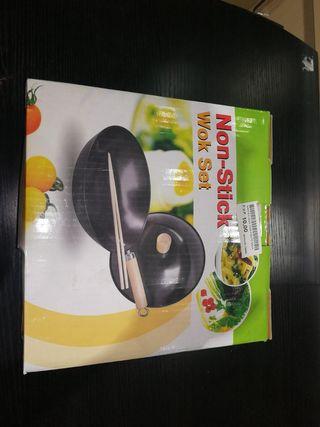 Sartén wok incluye palos