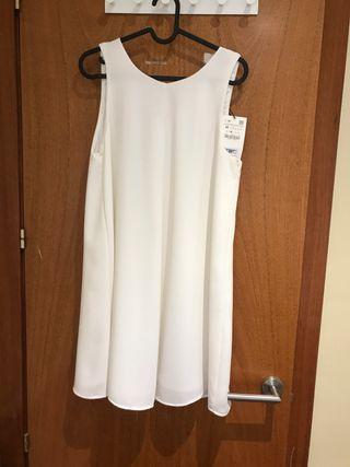Vestido blanco nuevo de Zara
