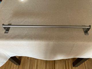 Toallero 60cm metal