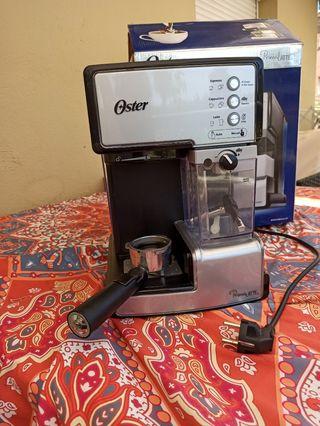 Cafetera Oster PrimaLatte