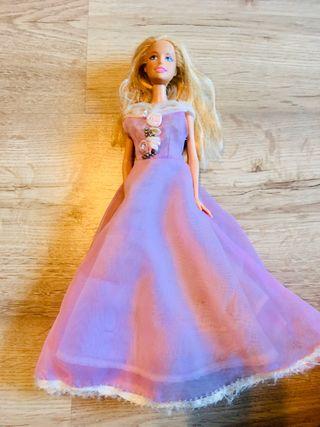 Muñecas Barbie y Ken