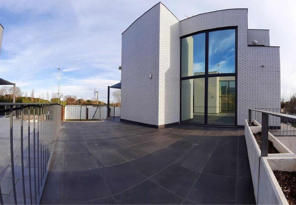Casa en venta (Laguna de Duero, Valladolid)