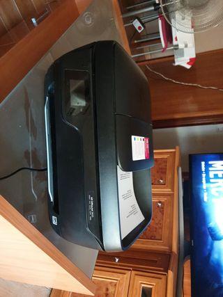 vendo impresora HP Office 3833 multifuncional