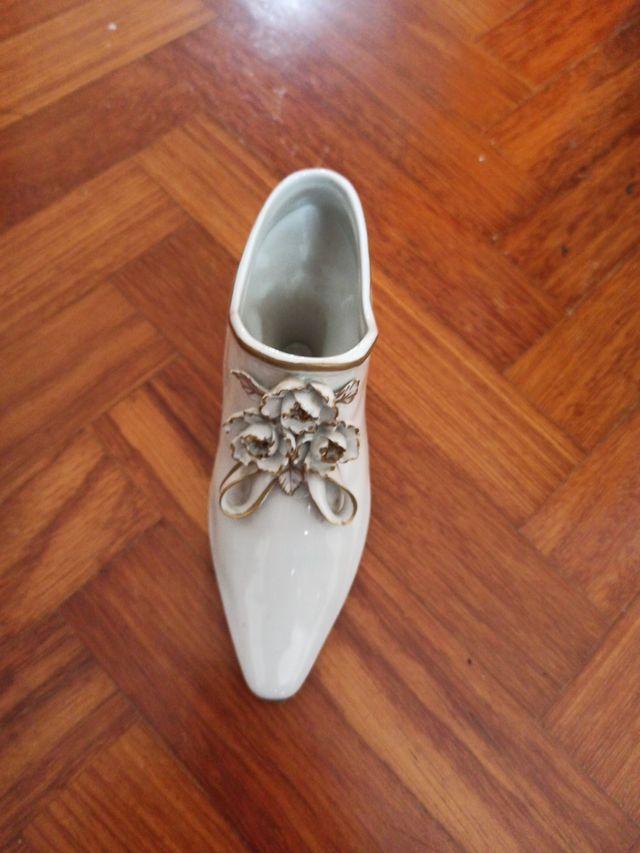 Zapato de porcelana Hispania
