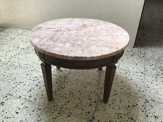 Mesa mármol y madera en buen estado