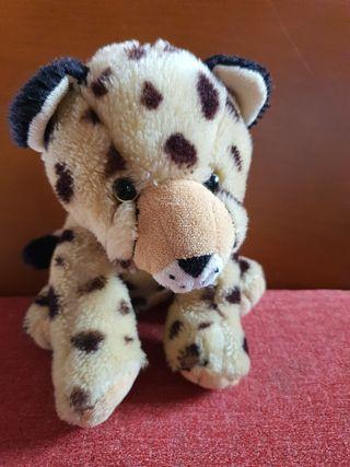 peluche guepardo felino
