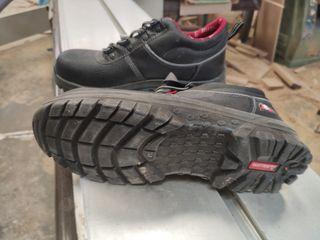 Zapatos seguridad Bellota