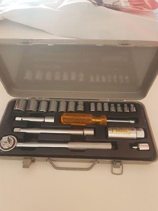Se vende Maletín de herramientas.