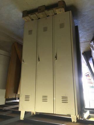 Taquilla metalica de 3 puertas, ref: 270828