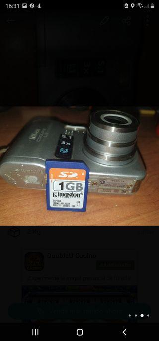 video y fotos tarjeta de 1 GB y cable para ordenad