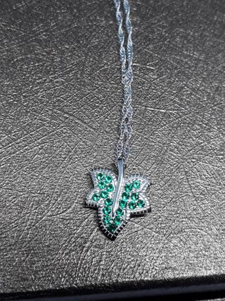 Leaf Pendant Necklace with Chain