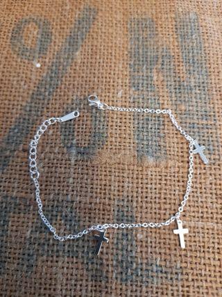 pulsera cruz bañada en plata