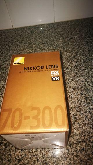 Objetivo Nikon DX VR 70-300