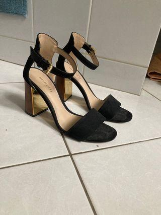Chaussures Minnelli talon doré